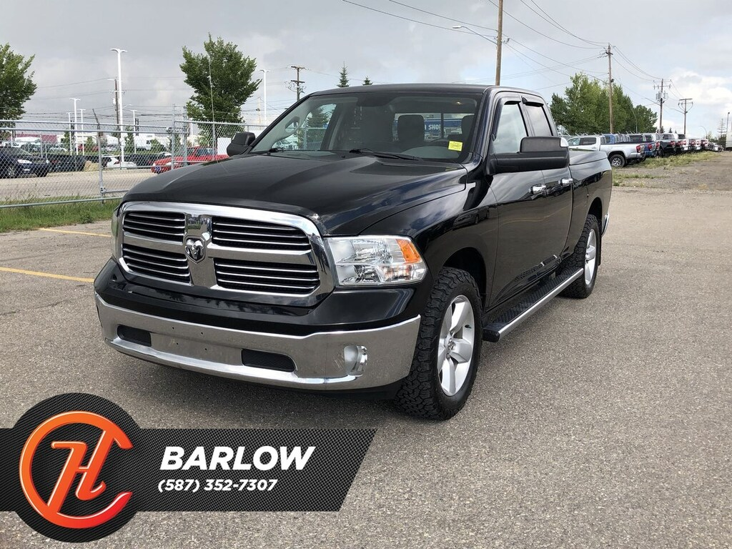 Pre-Owned 2013 Ram 1500 SLT / Back up Camera / Truck bed cover