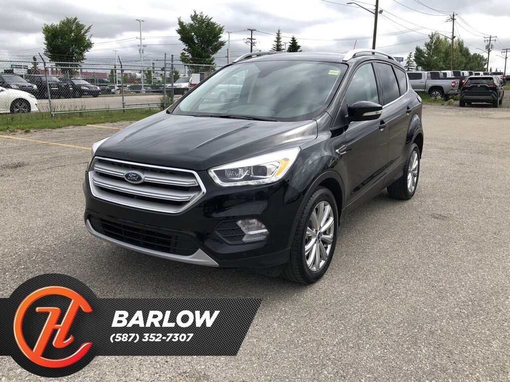 Pre-Owned 2018 Ford Escape Titanium / Heated Leather Seats / Back up Camera