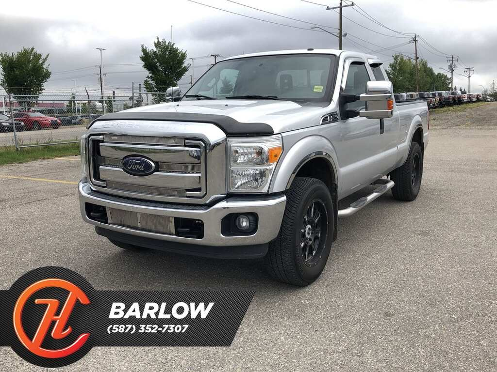 Pre-Owned 2014 Ford F-250 XLT / Back up Camera