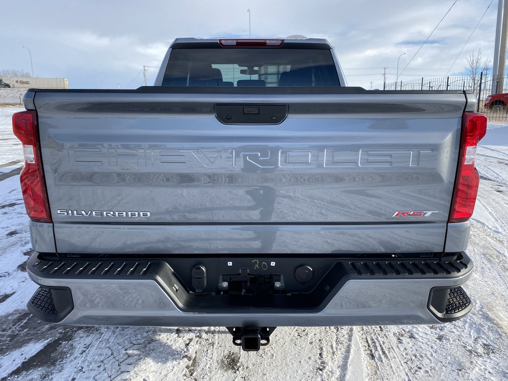 Pre-Owned 2019 Chevrolet Silverado 1500 4WD Double Cab 147 RST