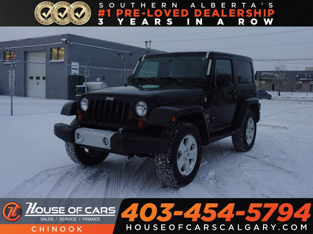 Pre-Owned 2010 Jeep Commander Sahara w/ Power Windows,Aux,Cruise Control