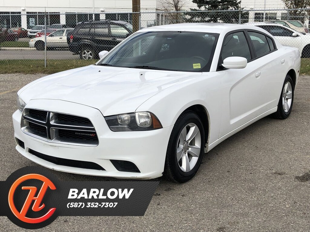 Pre-Owned 2013 Dodge Charger SE / Bluetooth