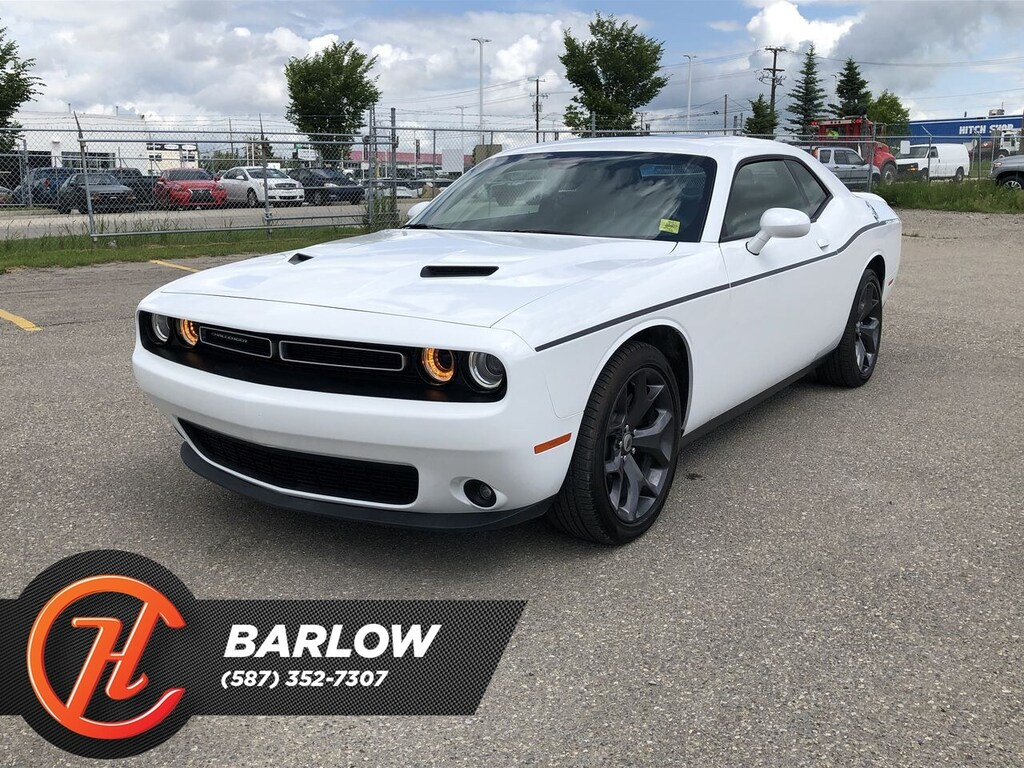 Pre-Owned 2018 Dodge Challenger SXT / Back Up Camera / Sunroof