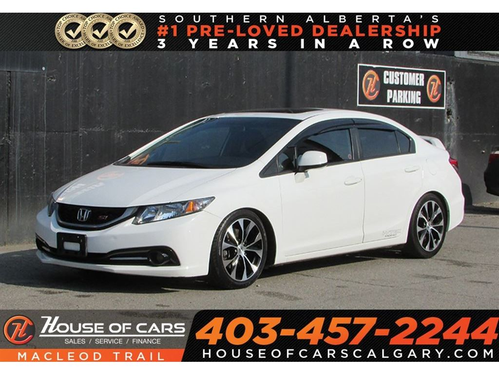 Pre Owned 2013 Honda Civic Si /NAVIGATION/SUNROOF/BACK UP