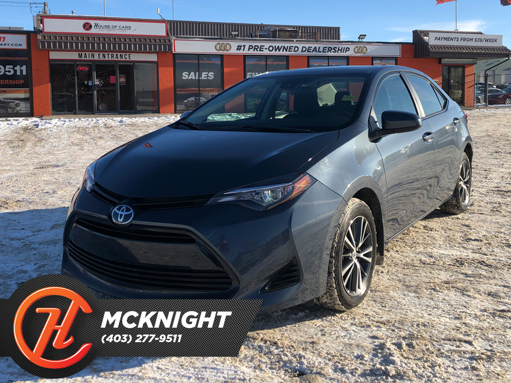 Pre-Owned 2019 Toyota Corolla Sunroof / Back up cam