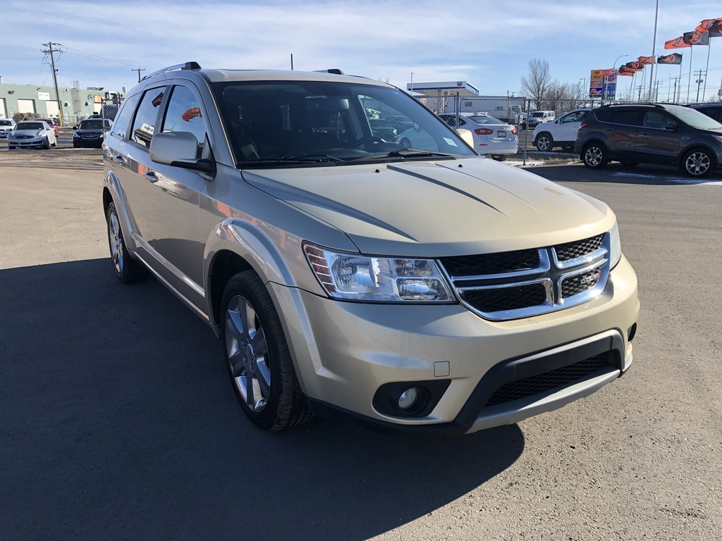 Pre-Owned 2011 Dodge Journey Sunroof