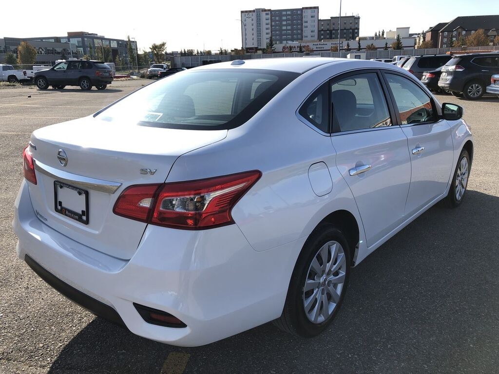 Pre-Owned 2019 Nissan Sentra 1.8 SV / Heated seats / Back up cam