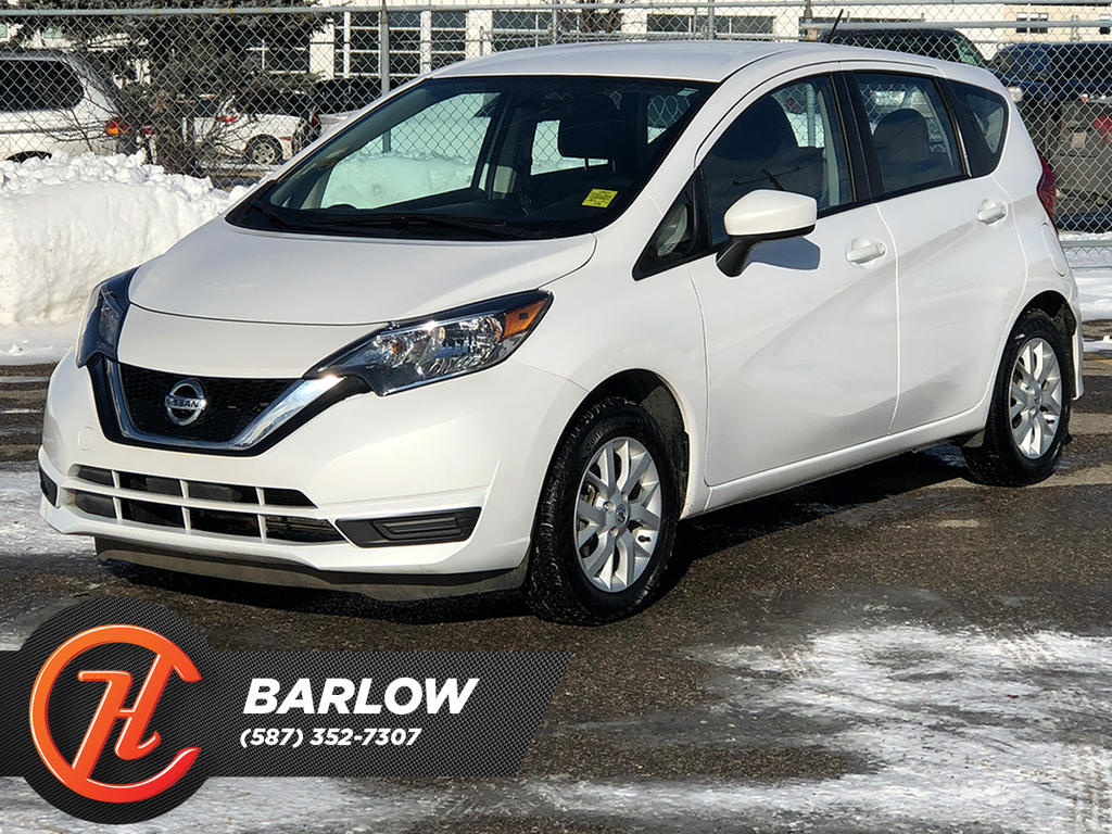 Pre-Owned 2019 Nissan Versa Note SV CVT / Heated seats / Back up cam