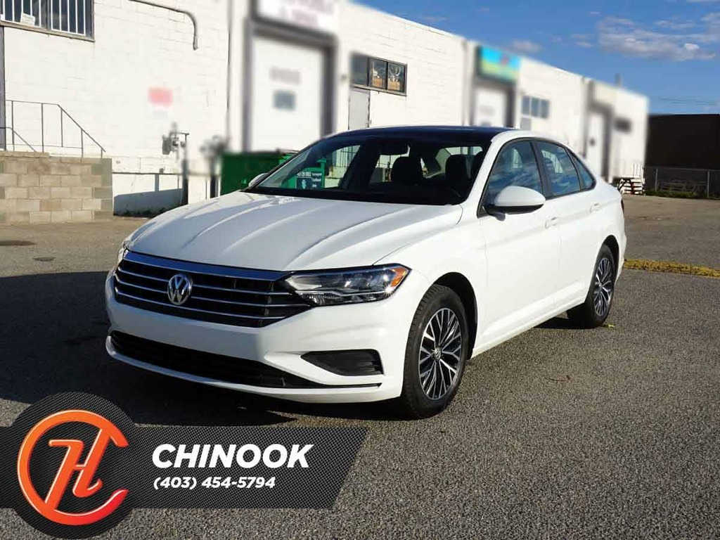 Pre-Owned 2019 Volkswagen Jetta Highline w/ Bluetooth,Heated Seats,Backup Cam