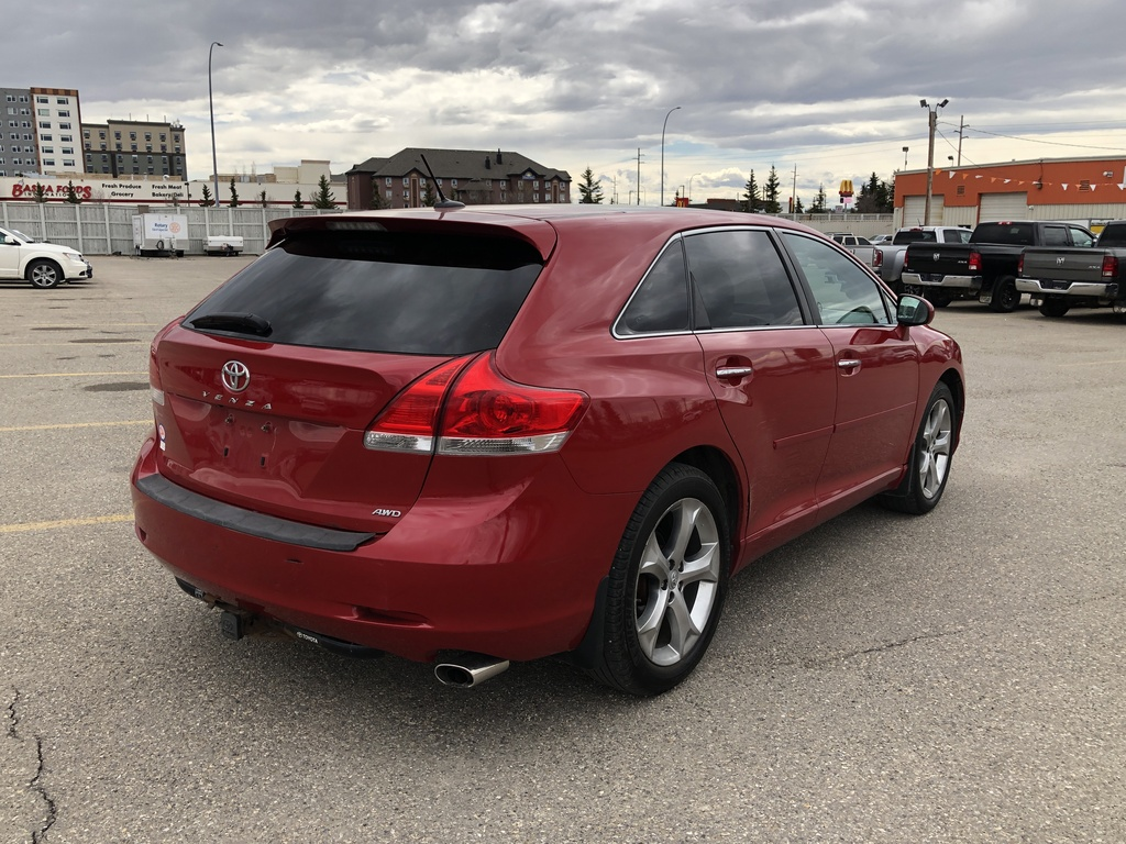 Pre-Owned 2011 Toyota Venza V6 AWD Back up Camera / Navi / Sunroof
