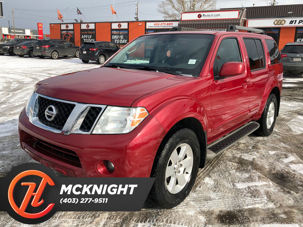 Pre-Owned 2009 Nissan Pathfinder 4WD 4dr V6 SE / Sunroof