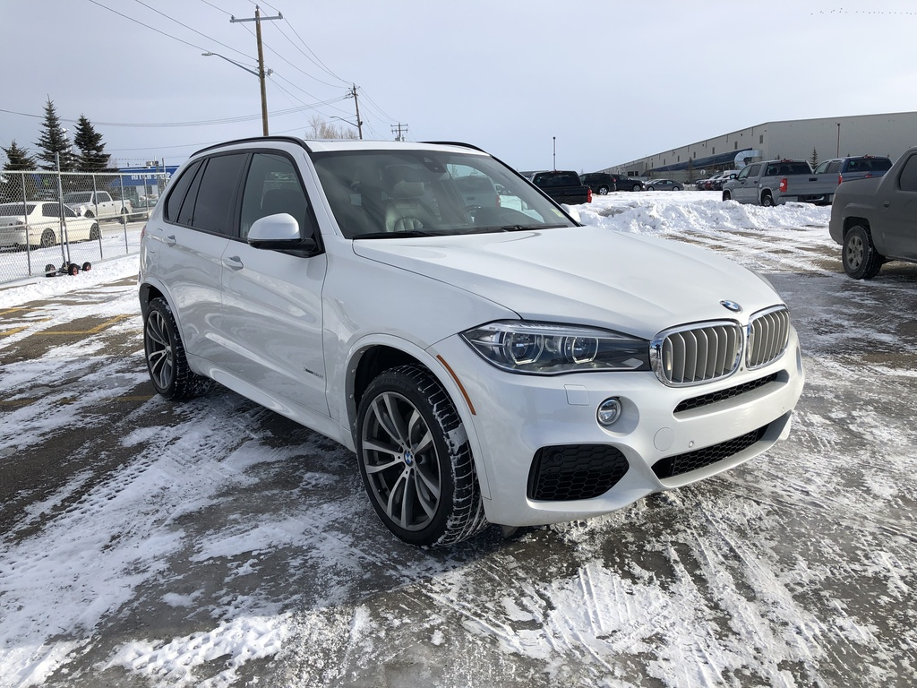 Pre-Owned 2016 BMW X5 AWD 4dr xDrive50i / Leather / Navi