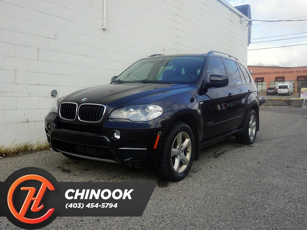 Pre-Owned 2012 BMW X5 xDrive35i w/ Bluetooth,Heated Seats,Backup Cam