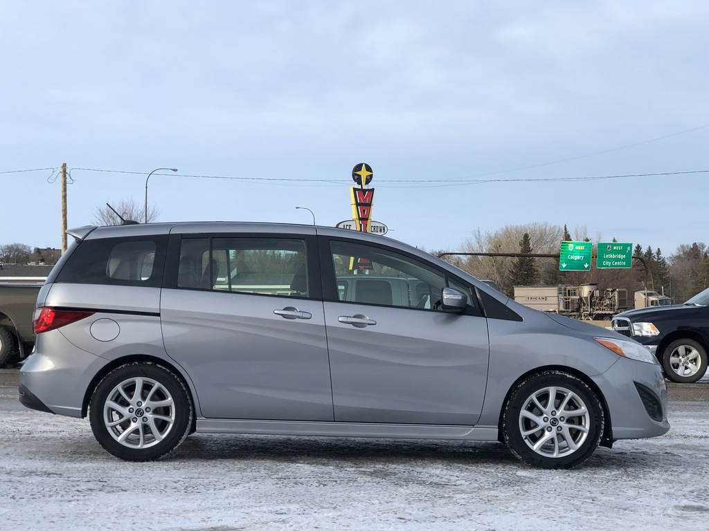 Pre-Owned 2017 Mazda5 4dr Wgn Auto GT