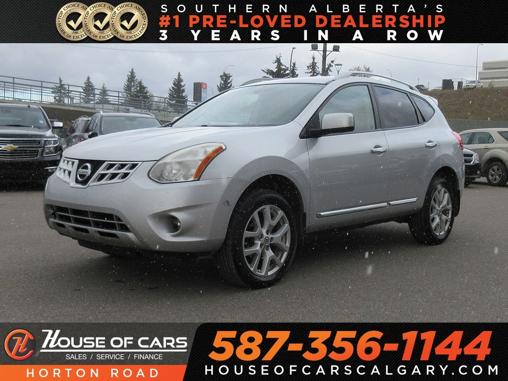Pre Owned 2011 Nissan Rogue SV/ Backup Camera/ Heated Seats/ Sunroof