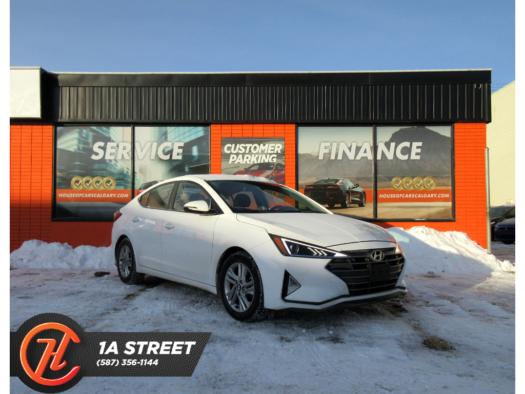 Pre-Owned 2019 Hyundai Elantra Preferred Auto