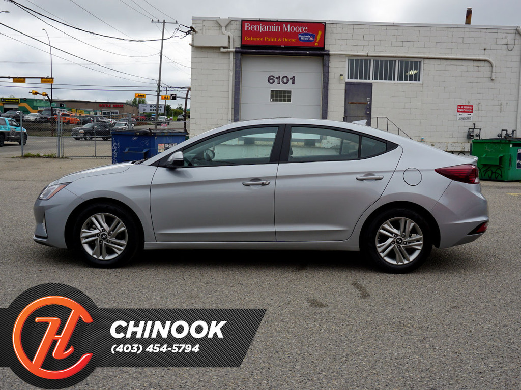 Pre-Owned 2020 Hyundai Elantra Preferred w-Sun & Safety Package IVT