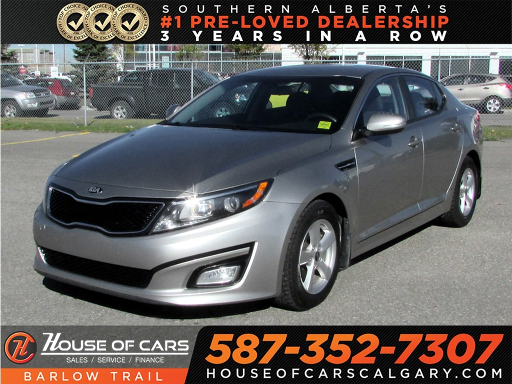 Pre-Owned 2015 Kia Optima LX / Bluettoth