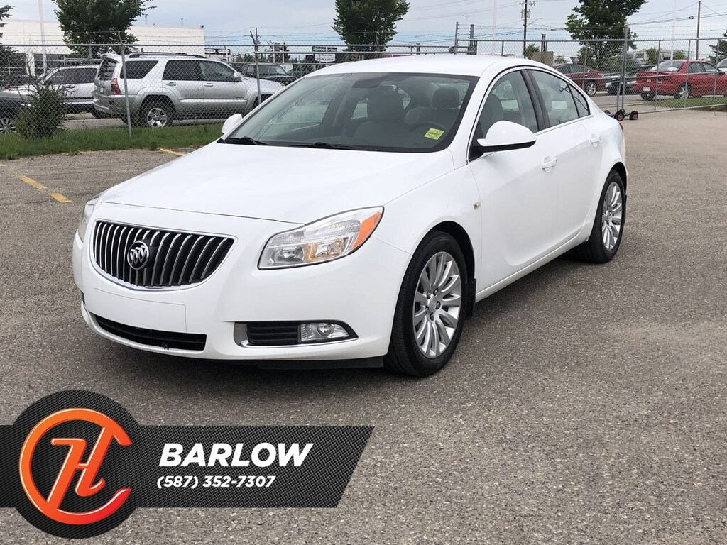 Pre-Owned 2011 Buick Regal CXL / Heated Leather Seats
