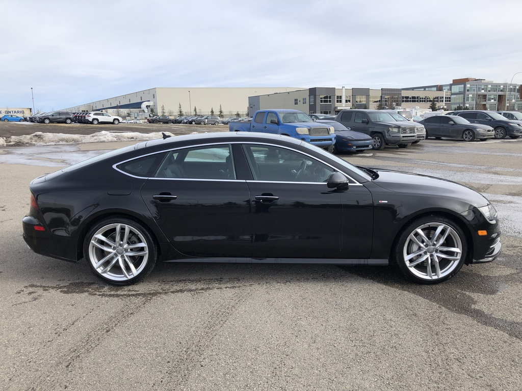 Pre-Owned 2016 Audi A7 4dr HB quattro 3.0T Progressiv / Leather
