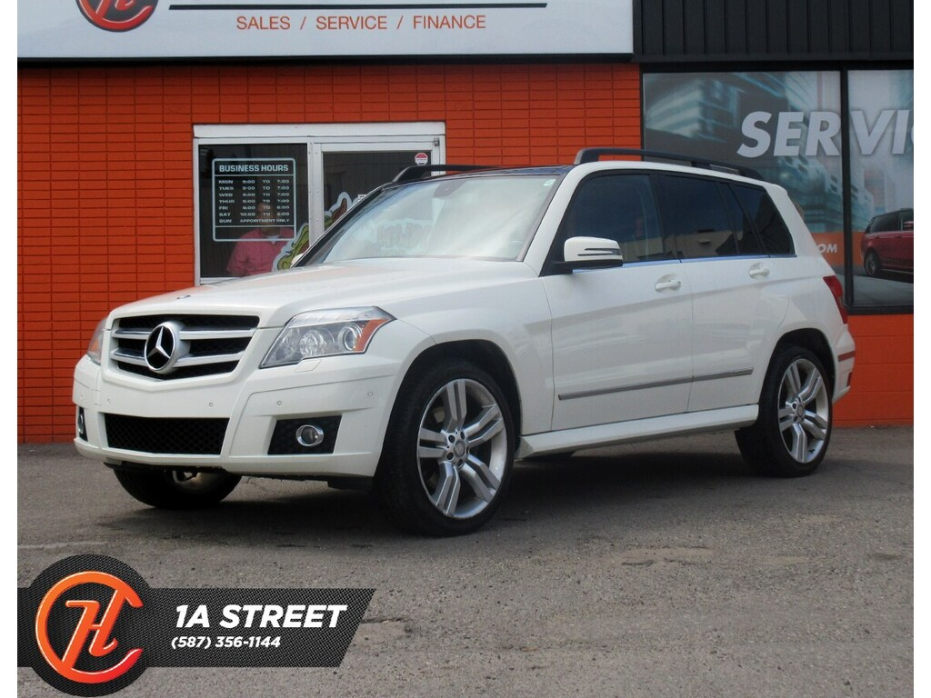 Pre-Owned 2010 Mercedes-Benz GLK GLK350 4MATIC/BACKUP CAM/SUNROOF/BACK TVs