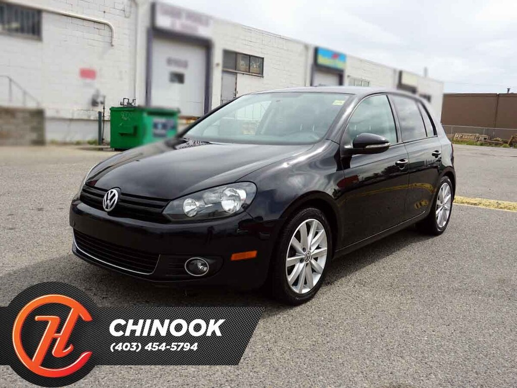 Pre-Owned 2013 Volkswagen Golf Highline w/ Bluetooth,Heated Seats