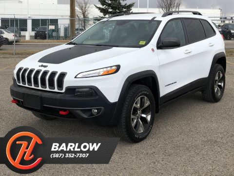 Pre-Owned 2016 Jeep Cherokee 4WD 4dr Trailhawk / Leather / Back up cam