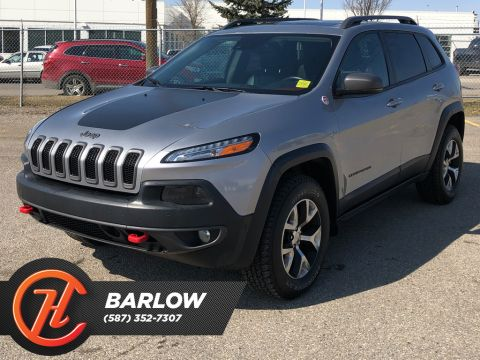 Pre-Owned 2014 Jeep Cherokee 4WD 4dr Trailhawk / Navi / Leather