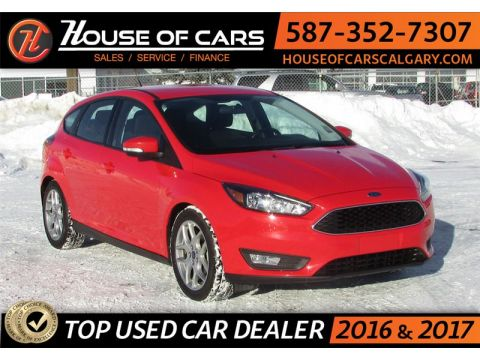 Pre-Owned 2016 Ford Focus Hatch/ Back Up Camera / Bluetooth SE FWD Sedan