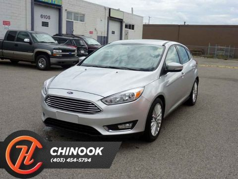 Pre-Owned 2018 Ford Focus Titanium w/ Bluetooth,Heated Seats,Backup Cam