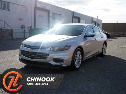 Pre-Owned 2018 Chevrolet Malibu LT w/ Bluetooth,Backup Cam