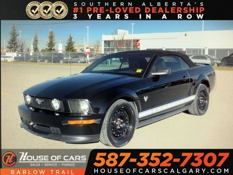 Pre-Owned 2009 Ford Mustang V6 / Convertible / Leather