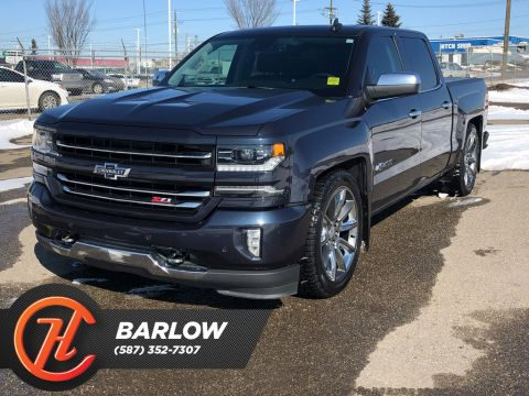 Pre-Owned 2018 Chevrolet Silverado 1500 4WD Crew Cab / Navy / Leather Heated Seats