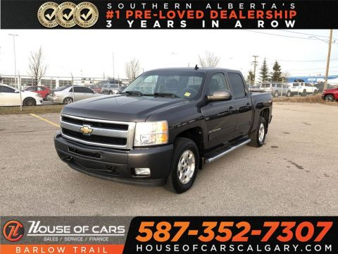 Pre-Owned 2010 Chevrolet Silverado 1500 LTZ / Back Up Camera / Leather Sears / Sunroof