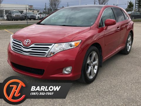 2011 Toyota Venza V6 AWD Back up Camera / Navi / Sunroof