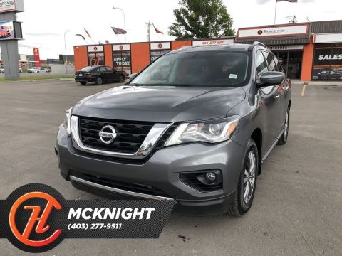 Pre-Owned 2019 Nissan Pathfinder SV / Navigation / Back up cam