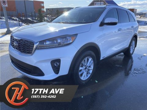 Pre-Owned 2019 Kia Sorento EX 2.4 AWD / Bluetooth / Back Up Camera