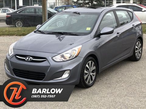 Pre-Owned 2017 Hyundai Accent SE / Sunroof / Heated seats