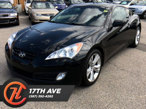 Pre-Owned 2011 Hyundai Genesis Coupe 2.0T Premium / Leather / Sunroof